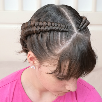 Infinity Braid Lateral