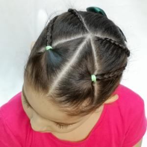 un peinado bonito para niñas